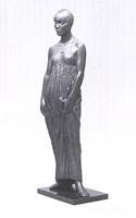 「長衣の女」像